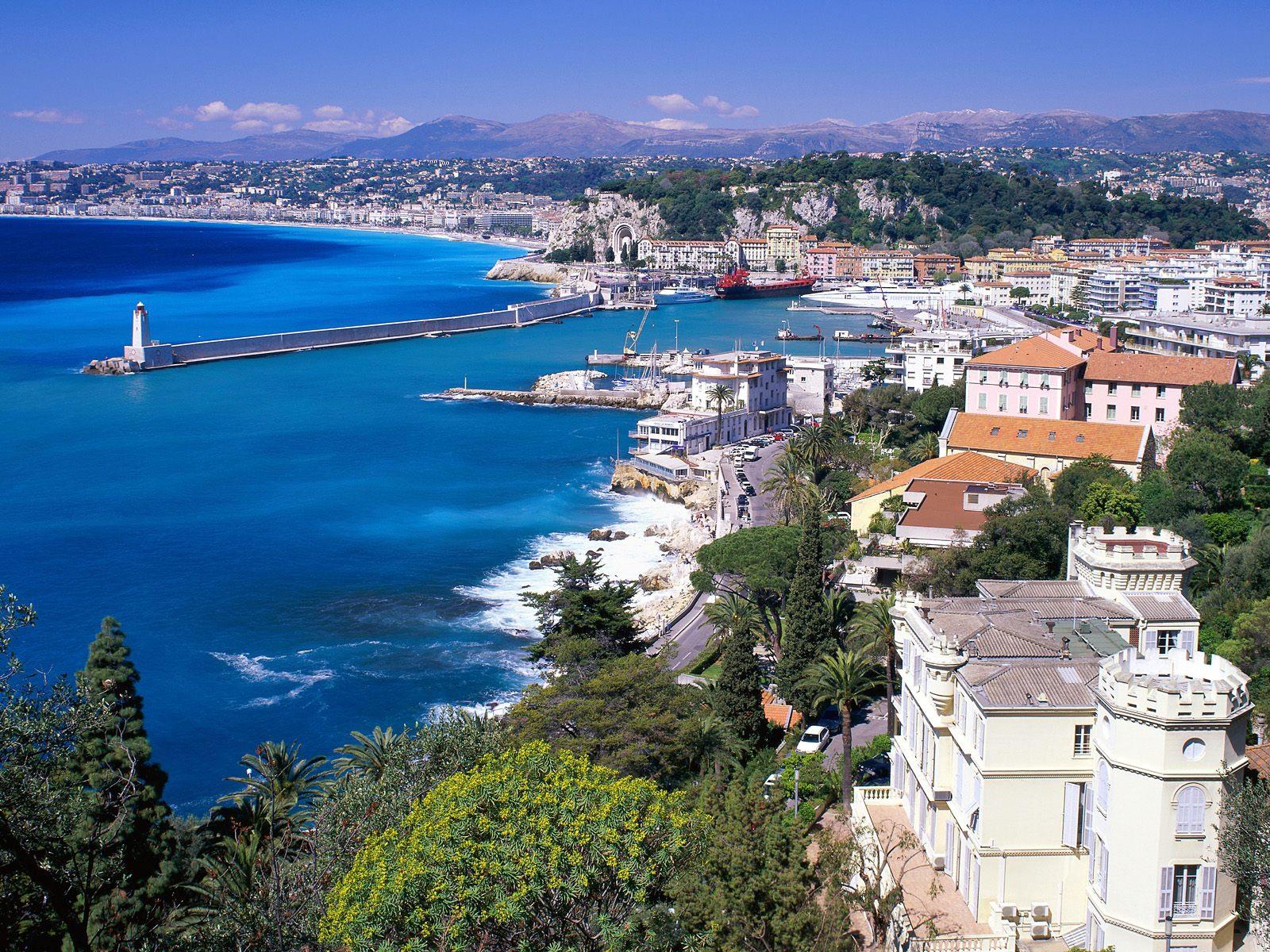 Parcourir la Côte d'Azur